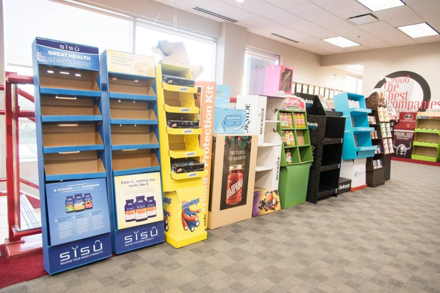 merchandising display ideas for a retail store
